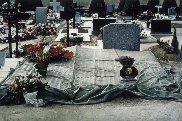 pompidou_cemetery_no6