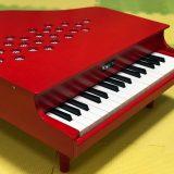 カワイ ミニピアノの感想|3歳娘が夢中に!専用楽譜もあるよ。